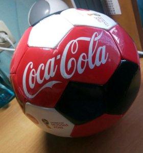 Мяч Coca-Cola