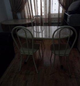 Стол 3 штуки, стулья 12 штук, комплект стол и четы