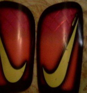 Щитки Nike mercurial/lite