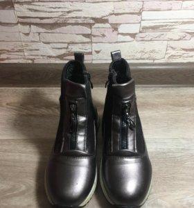 Ботинки для девочки 35 размер