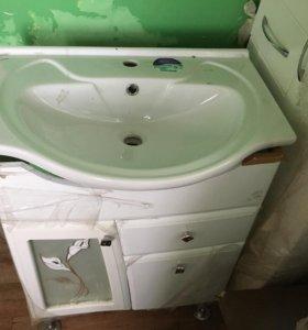 Тумба,раковина,шкаф и полка для ванны!всё новое!