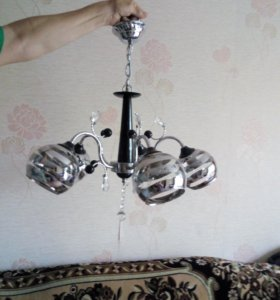 Люстра на пять лампочек