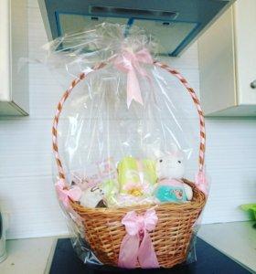 Подарочные корзины для новорожденных