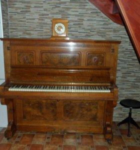 Пианино PERZINA