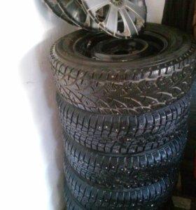 Зимние шипованные колеса R 13+запаска