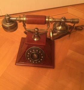 Домашний ретро телефон