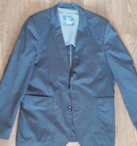 Костюм + 2 пиджака