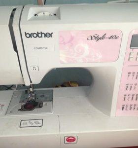 Новая швейная машина.Япония