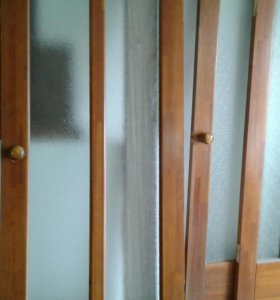 Двери деревянные б/у.