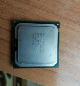 Процессор Intel Pentium Dual. Рабочий.
