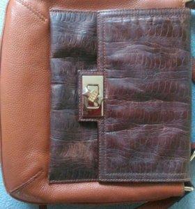 Кожаная  дамская сумочка