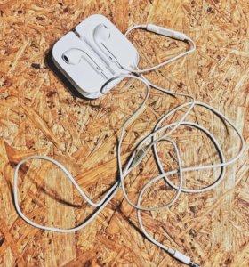 Оригинальные наушники Apple iPhone