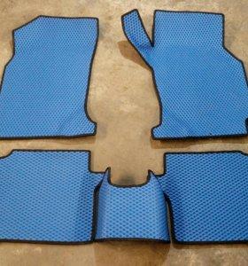 Продам комплект ковриков для HONDA HR-V