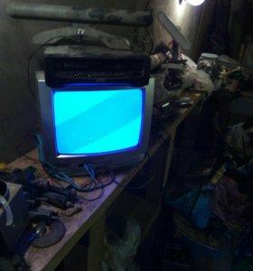 Телевизор jvc и видак akai