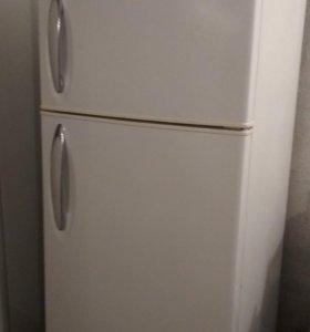 Холодильник LG, полный ноуфрост