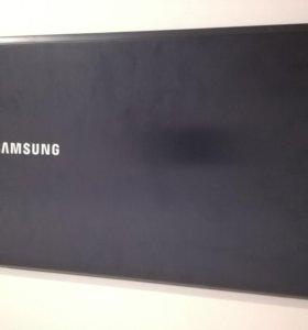 Ноутбук Samsung np670z5e