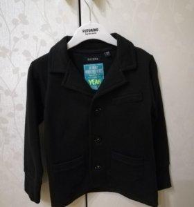 Пиджак трикотажный р. 104