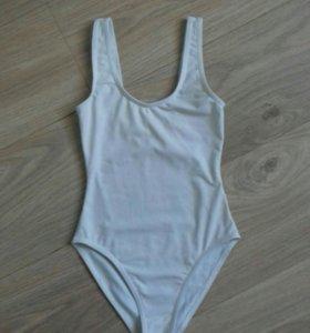 Гимнастический купальник на 10-11 лет