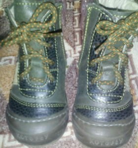 Ботинки д/с.21 размер.