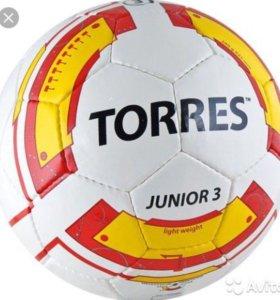 Детский футбольный мяч TORRES