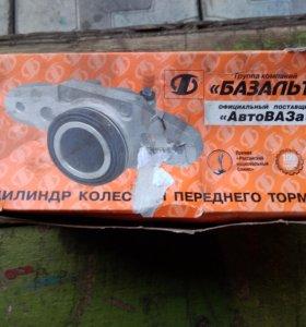 ВАЗ 2108-2215 цилиндр переднего тормоза левый