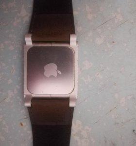Часы айфон 4