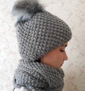 Новый комплект шапка и снуд