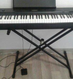Цифровое фортепиано Касио.