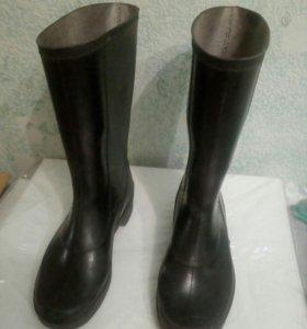 Резиновые сапоги 40-43 размер