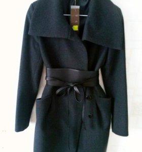 Пальто шерстяное р 42