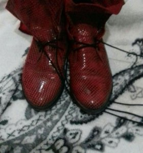 Красные ботиночки новые .