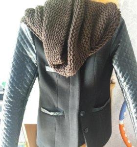Продам пальто осеннее на девушку 14-15 лет