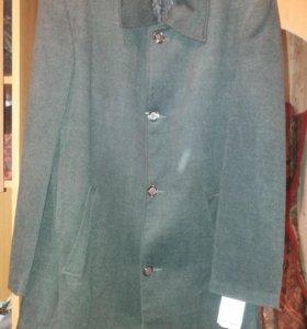 Продам мужское осеннее пальто