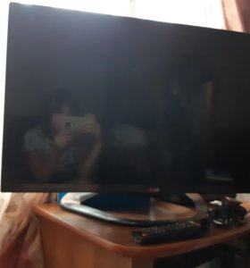 Продам LED СМАРТ телевизор LG-  81 диаг.