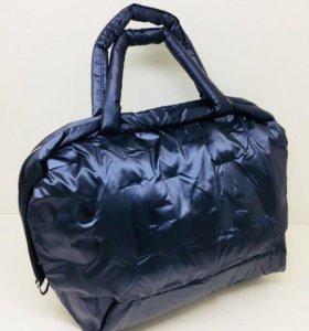 Болоньевая сумка Chanel женская