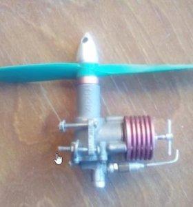 Авиамодельный двигатель МК-17