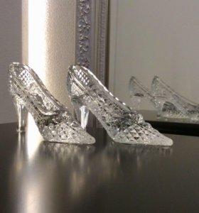 Новый сувенир хрустальные туфельки