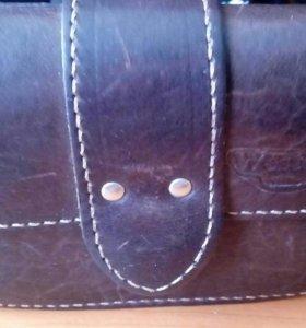 Продаю кожанную поясную сумку ( поясной клатч)