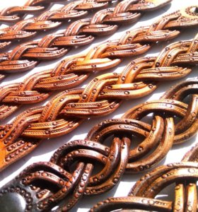 Плетеные браслеты из кожи