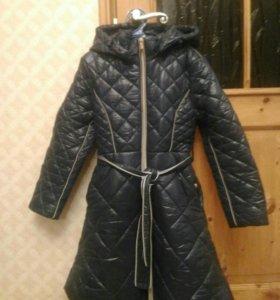 Пальто почти новое рост 140