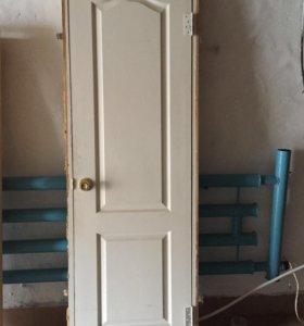 Дверь с коробкой петлями и ручкой 2на 70