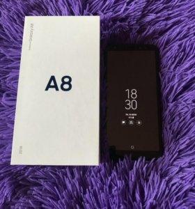 Продаю телефон! Samsung А8!
