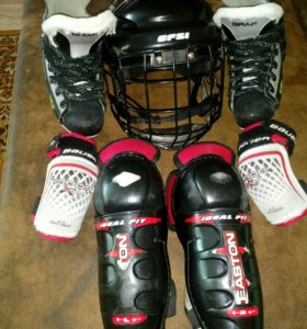 Хоккейная форма для мальчика 5-7 лет