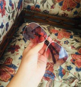 Солнцезащитные очки(для девушек)