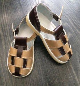 Новые сандалики