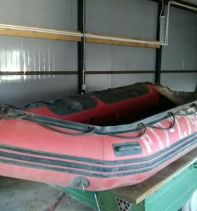 лодка резиновая.обмен на авто