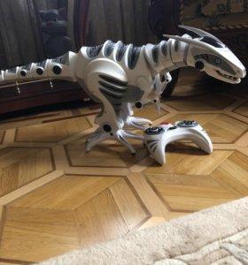 Интерактивный динозавр 30 на 80 см