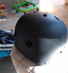 Шлем для BMX.
