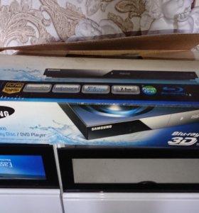 Новый Blu-ray 3D /DVD проигрыватель Samsung