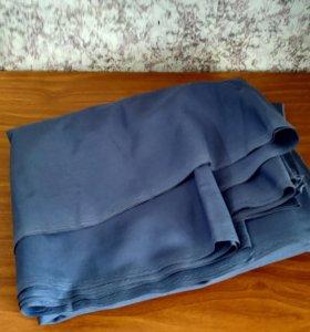 Отрез ткани 4м при ширине 1,1м.